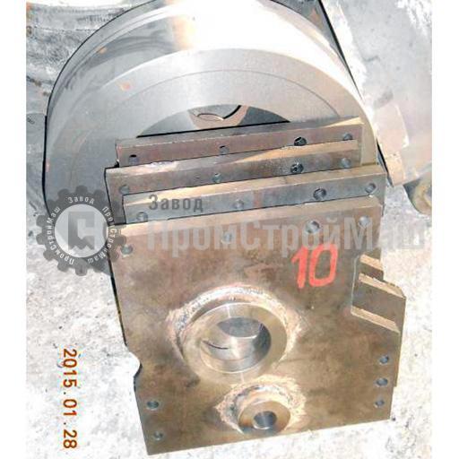 Крышка СМЖ 172 ( УРА40)