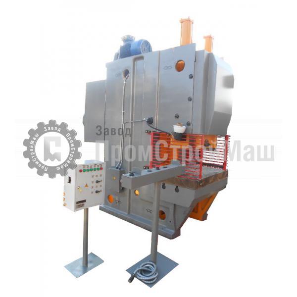 Пресс механический однокривошипный модели КЕ2130. Вид сбоку